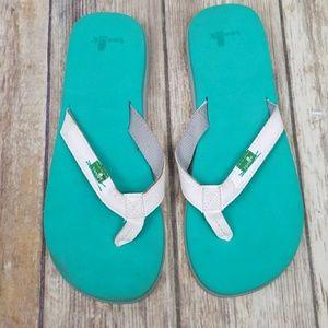 Saunk flip flops